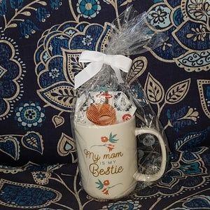 Opalhouse stoneware mug & lid w/stroopwaffle treat